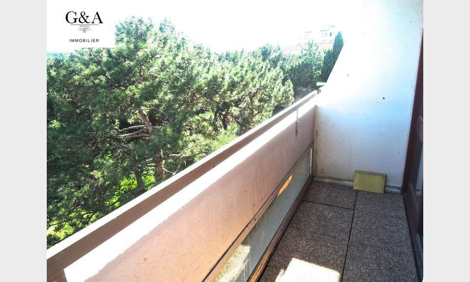 T2 avec terrasse quartier la parade vente appartement for Agence immobiliere la terrasse