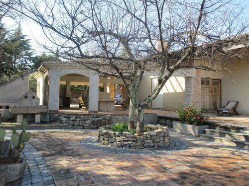 Immobilier sur Saint-Maximin-la-Sainte-Baume : Maison - Villa de 8 pieces