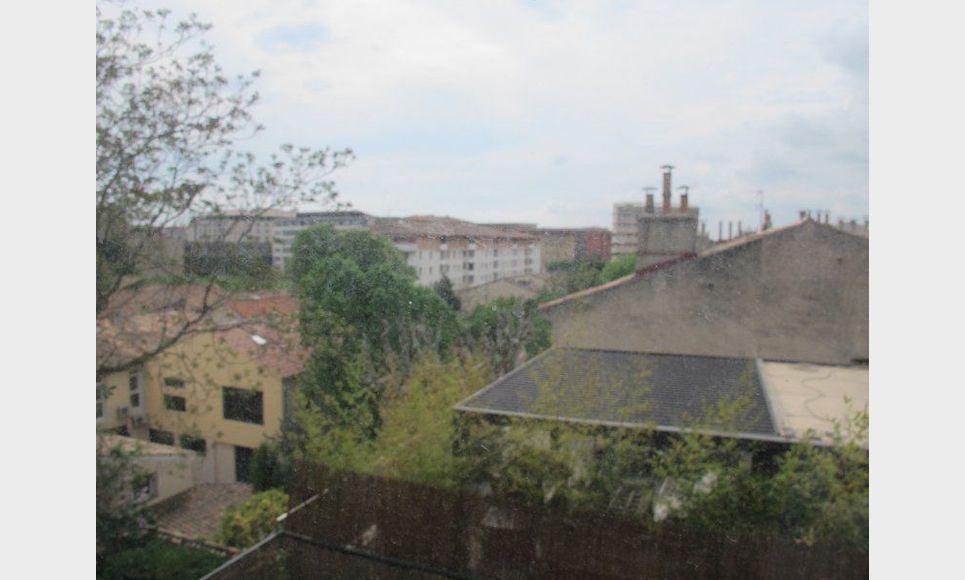 Appartement t3 de 70m2 centre ville location appartement for Location t3 salon de provence