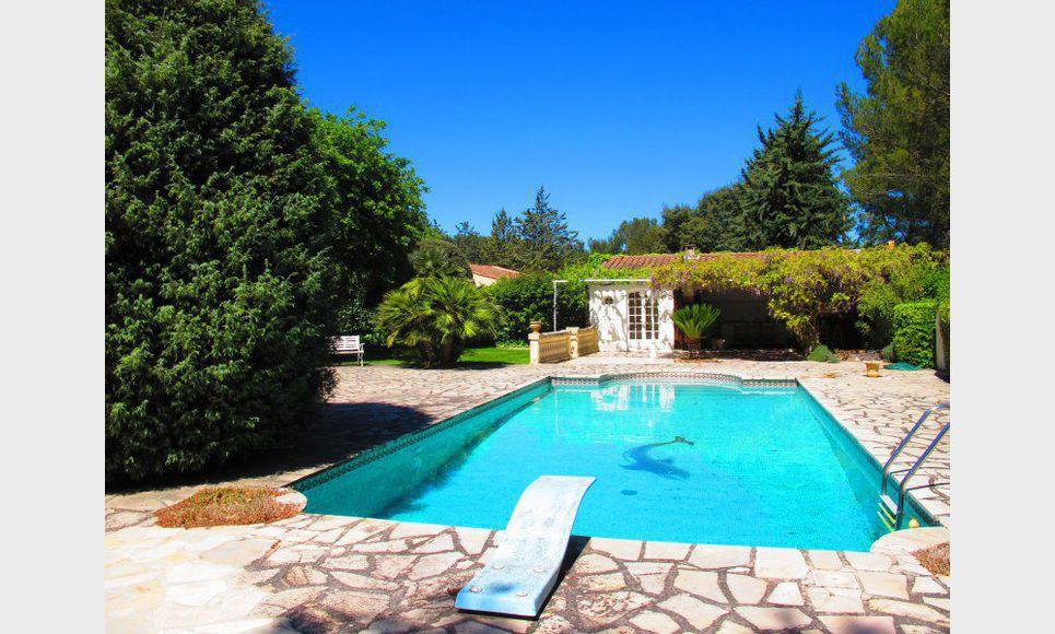 Villa avec piscine vente maison villa cabri s 640000 for Piscine cabries