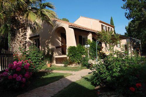 Immobilier sur Pourrières : Maison - Villa de 9 pieces