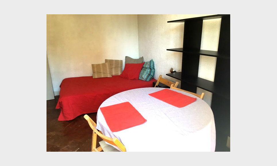 studio meubl centre ville location appartement aix en provence 540 eur goyard associ s. Black Bedroom Furniture Sets. Home Design Ideas