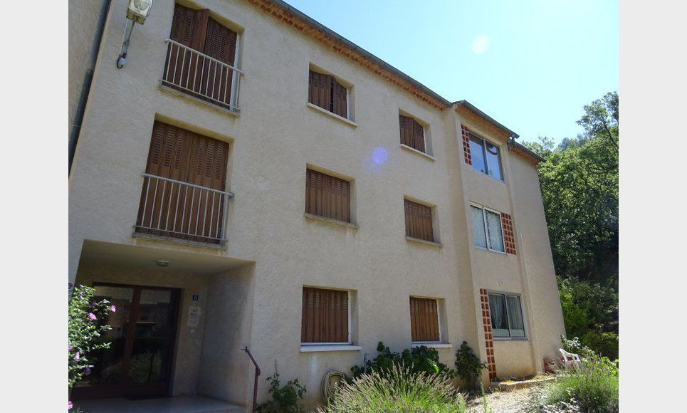 Appartement t3 tourves dans residence location for Agence location logement