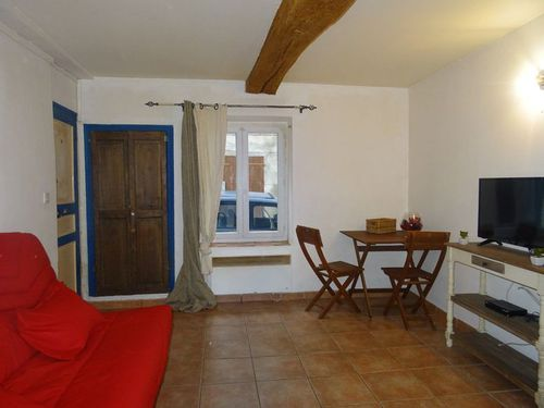 Immobilier sur Brue-Auriac : Appartement de 1 pieces
