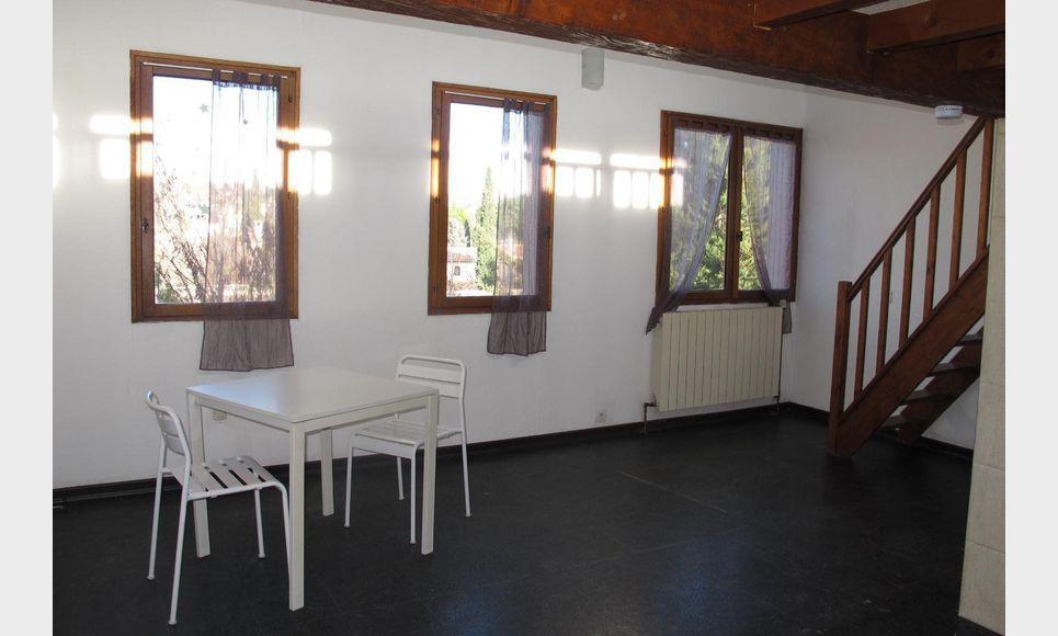 Aix en provence quartier pont de l 39 arc appartement de type for Agence de location appartement