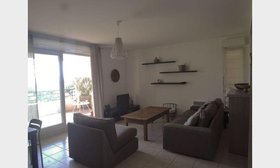 appartement t3 meubl 66m2 location appartement aix en provence 1130 eur goyard. Black Bedroom Furniture Sets. Home Design Ideas