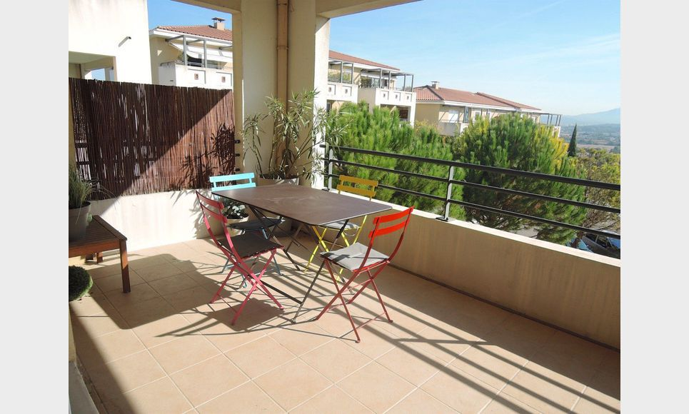 Appartement t3 meubl 66m2 location appartement aix for Location meuble aix en provence