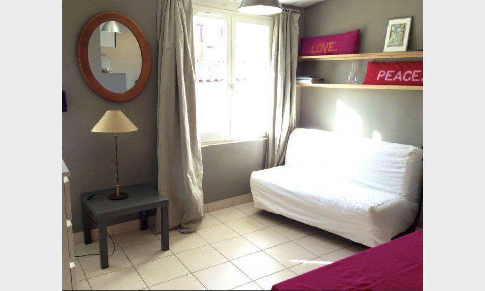 studio meubl 20m2 location appartement aix en provence 480 eur goyard associ s. Black Bedroom Furniture Sets. Home Design Ideas
