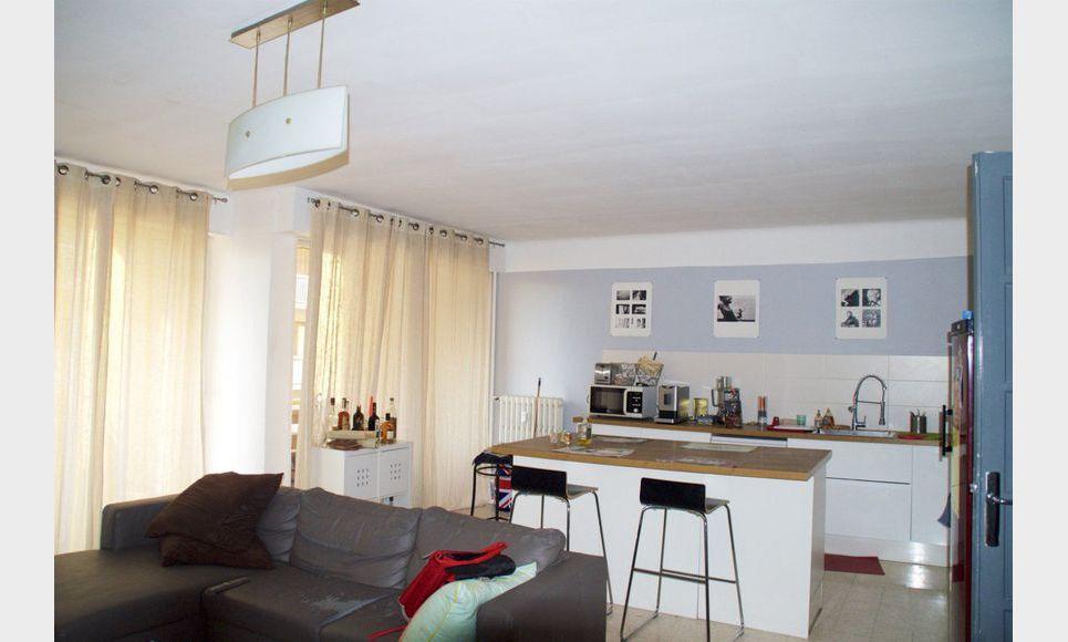 appartement t4 meubl quatier st j r me 92m2 location appartement aix en provence 1200 eur. Black Bedroom Furniture Sets. Home Design Ideas