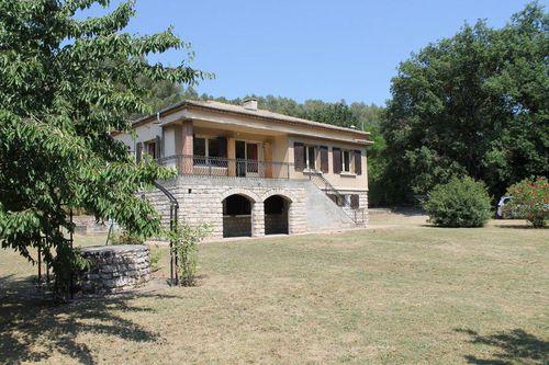 Immobilier sur Luynes : Maison - Villa de 8 pieces