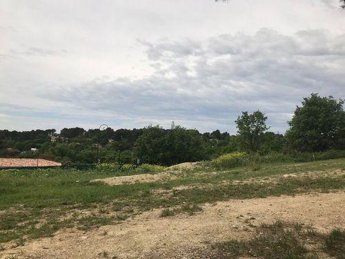 Immobilier sur Éguilles : Terrain de 0 pieces