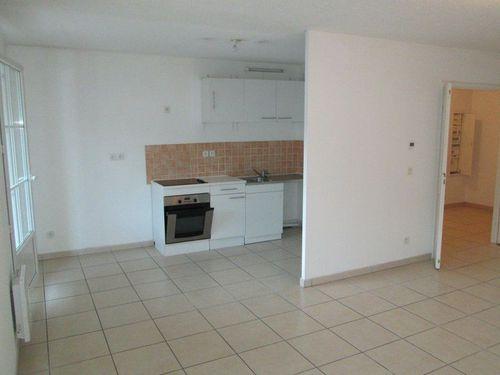 Immobilier sur Rougiers : Appartement de 3 pieces