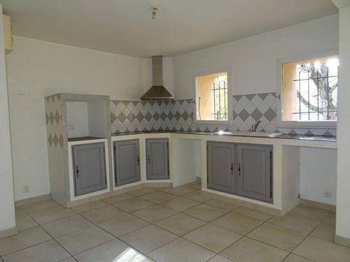 Immobilier sur Rougiers : Maison - Villa de 4 pieces