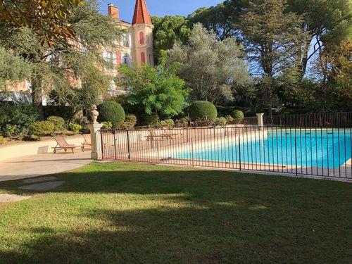 Immobilier sur Lançon-Provence : Produit investisseur de 26 pieces
