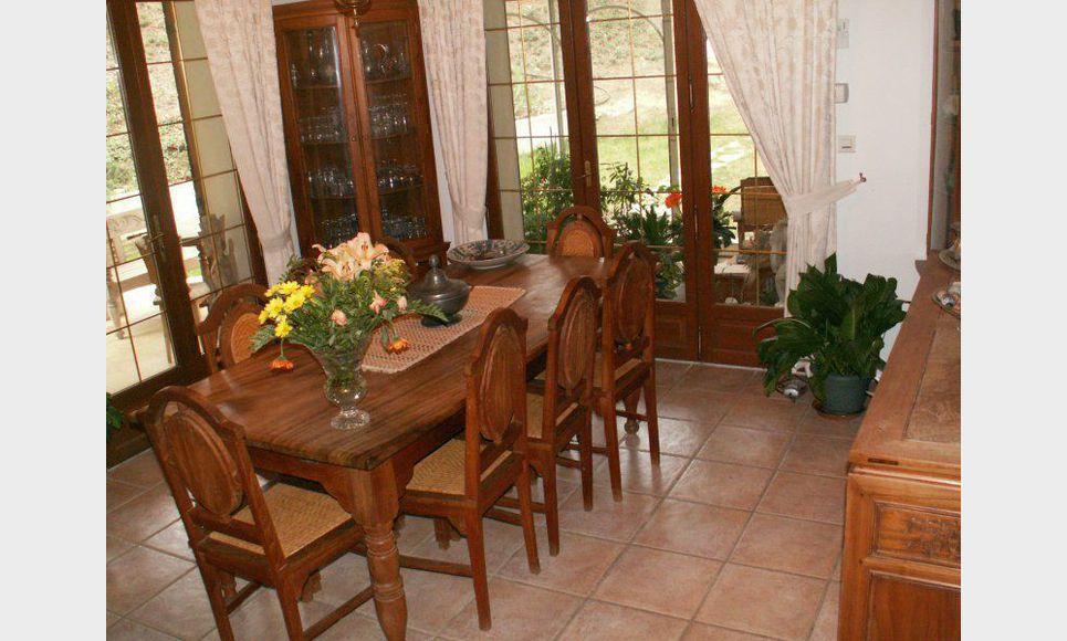 Très belle villa de 220m2 à Ventabren sur 5792m2 de terrain : Photo 2