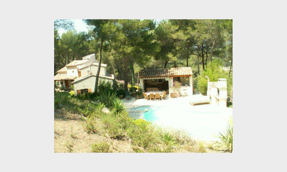 Très belle villa de 220m2 à Ventabren sur 5792m2 de terrain : Photo 3