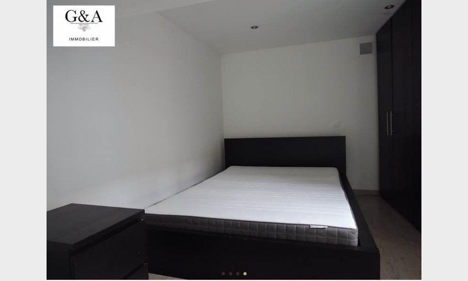 Appartement T2 meublé centre-ville Rotonde : Photo 3