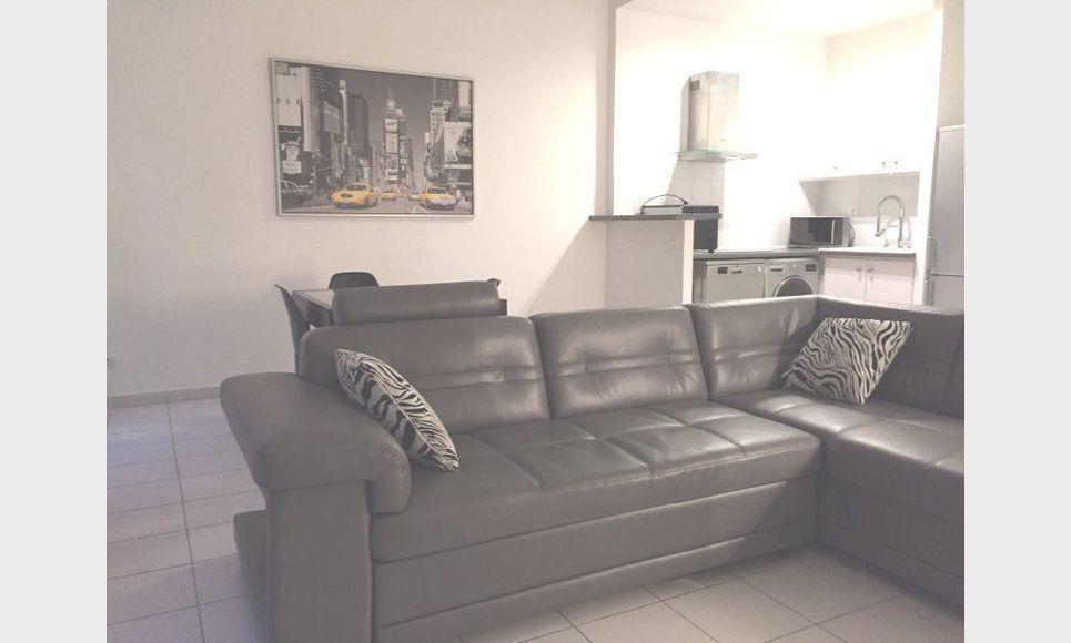 T2 meublé proche Rotonde 59,86m2 : Photo 1