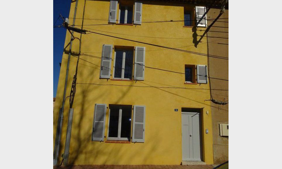 APPARTEMENT NEUF - ROUGIERS : Photo 8