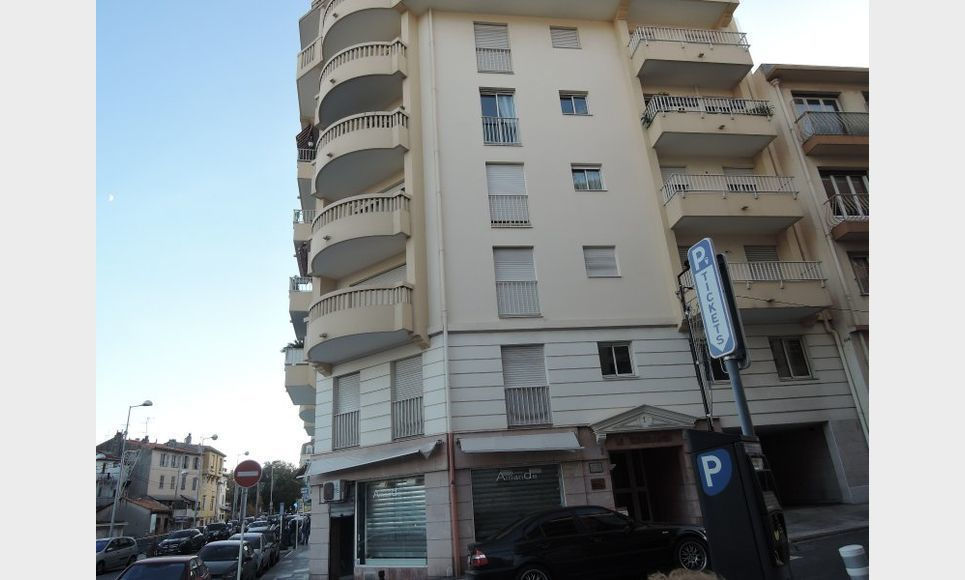 LOCAL PROFESSIONNEL - ANTIBES - IDEAL PROFESSIONS LIBERALES : Photo 7