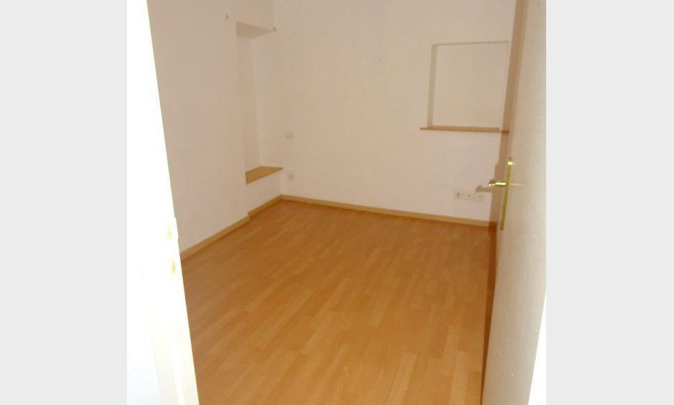 APPARTEMENT DANS MAISON DE VILLAGE : Photo 3