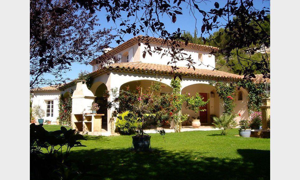 Villa sur parc arboré de 1 hectare avec piscine et garages - : Photo 2