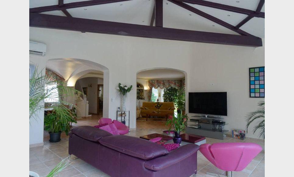 Villa sur parc arboré de 1 hectare avec piscine et garages - : Photo 4