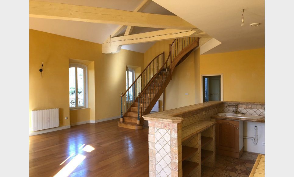 Lançon Provence 8 appartements dans château : Photo 2