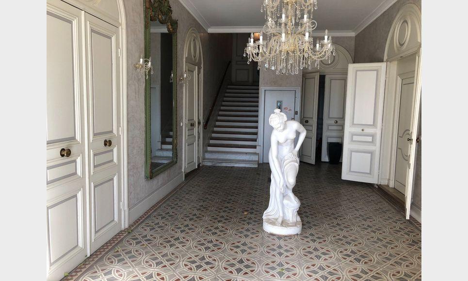 Lançon Provence 8 appartements dans château : Photo 3