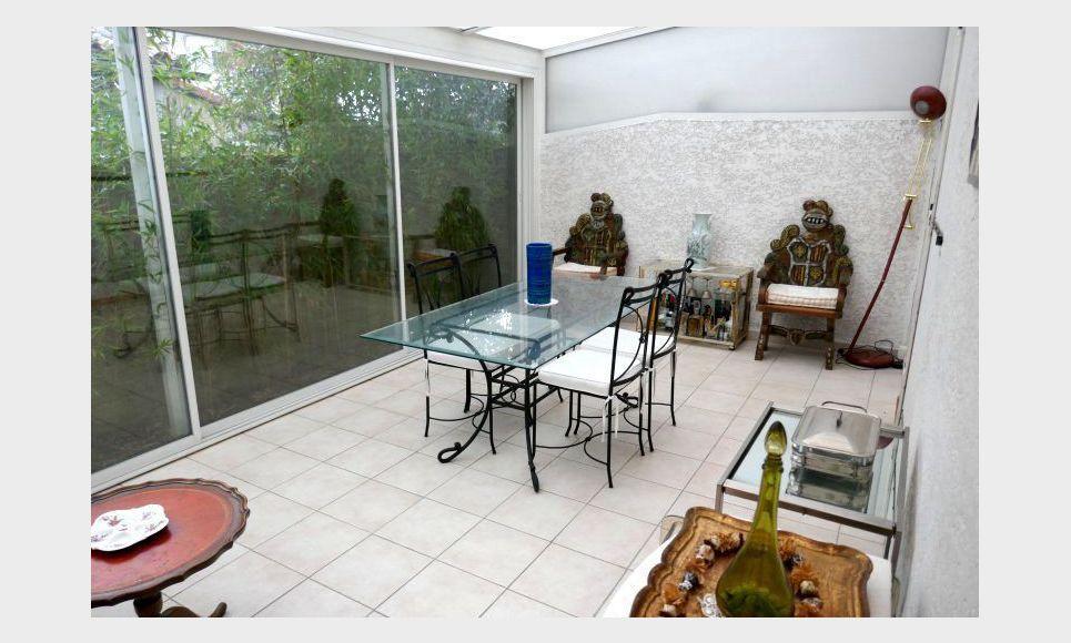 Villa T4 avec grande véranda et garage - Gardanne proche Aix : Photo 1