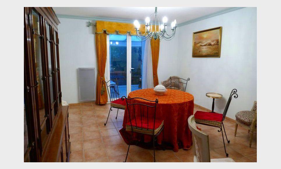 Villa T4 avec grande véranda et garage - Gardanne proche Aix : Photo 2