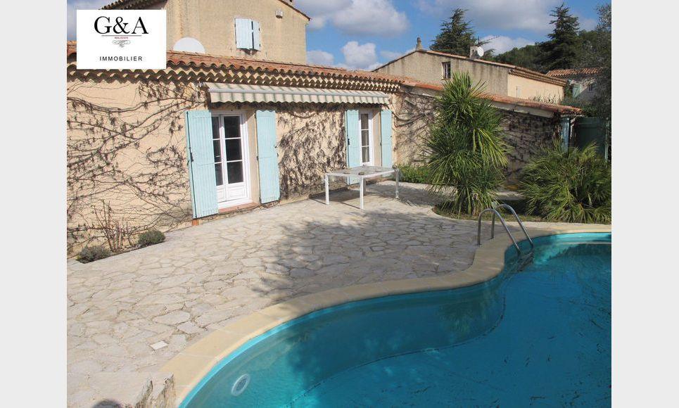 Villa T4 au calme avec piscine et garage : Photo 1