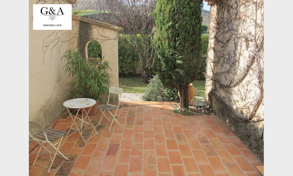Villa T4 au calme avec piscine et garage : Photo 2