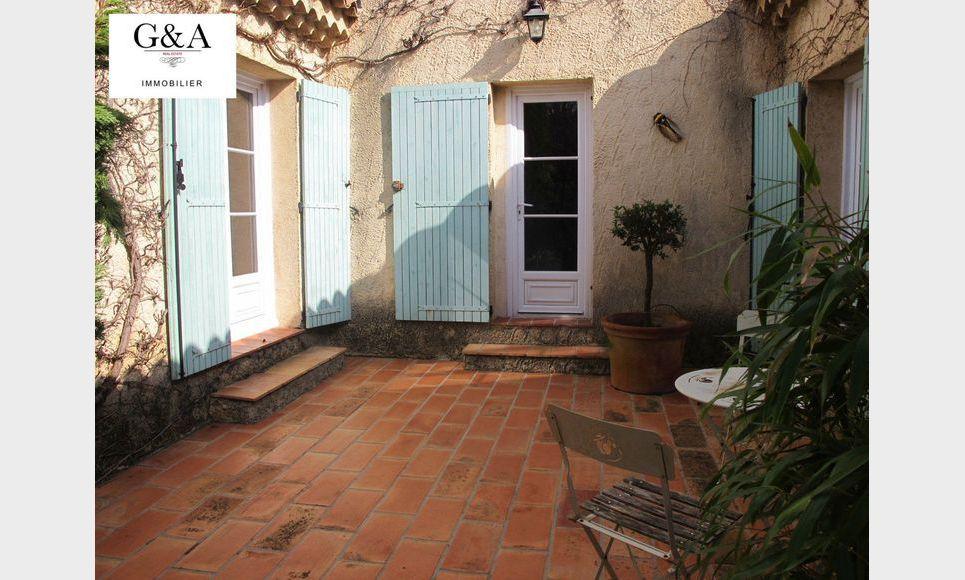 Villa T4 au calme avec piscine et garage : Photo 3