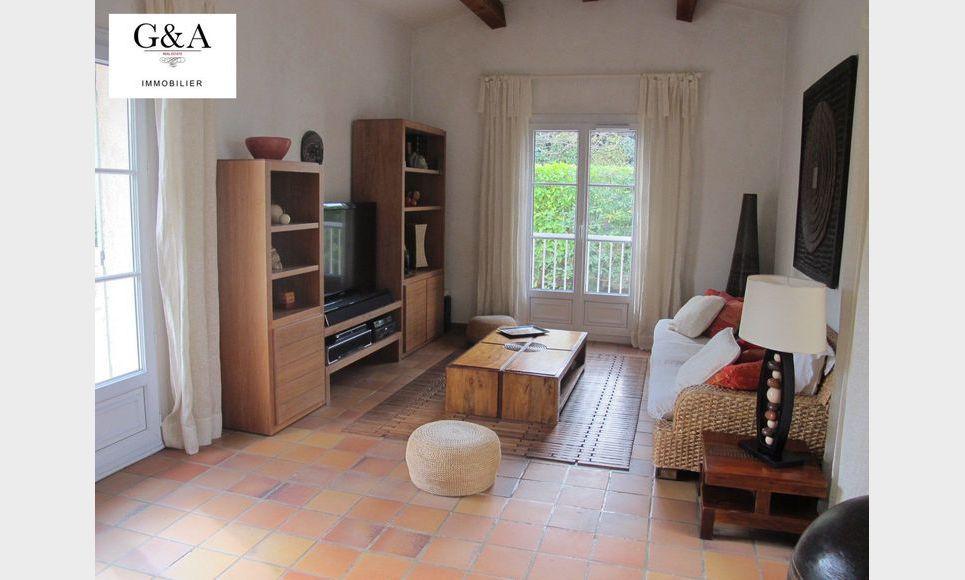 Villa T4 au calme avec piscine et garage : Photo 5