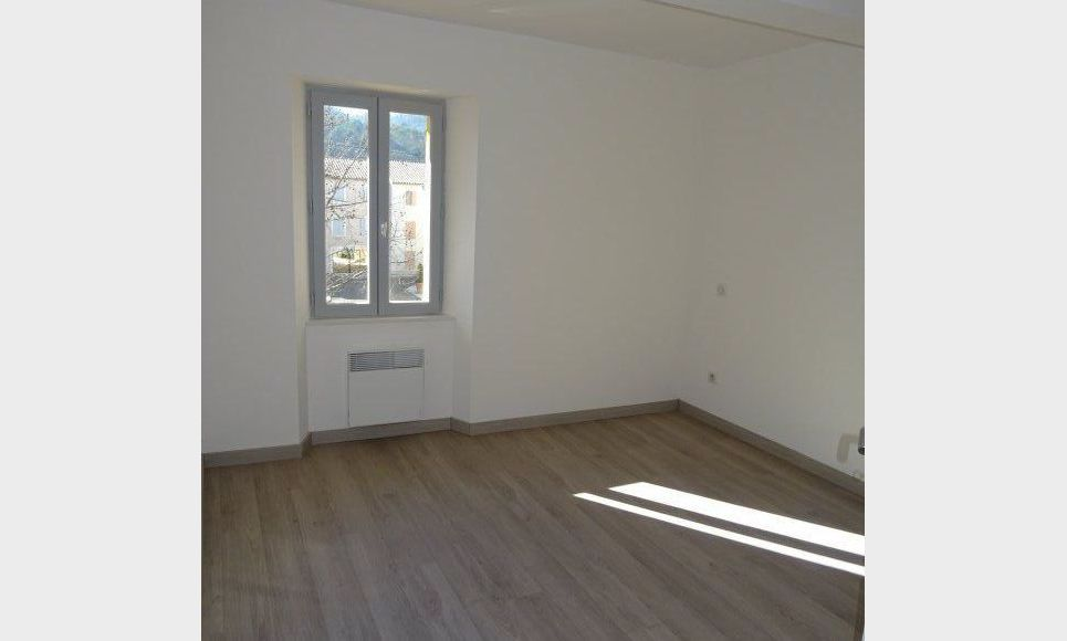APPARTEMENT NEUF - ROUGIERS : Photo 4