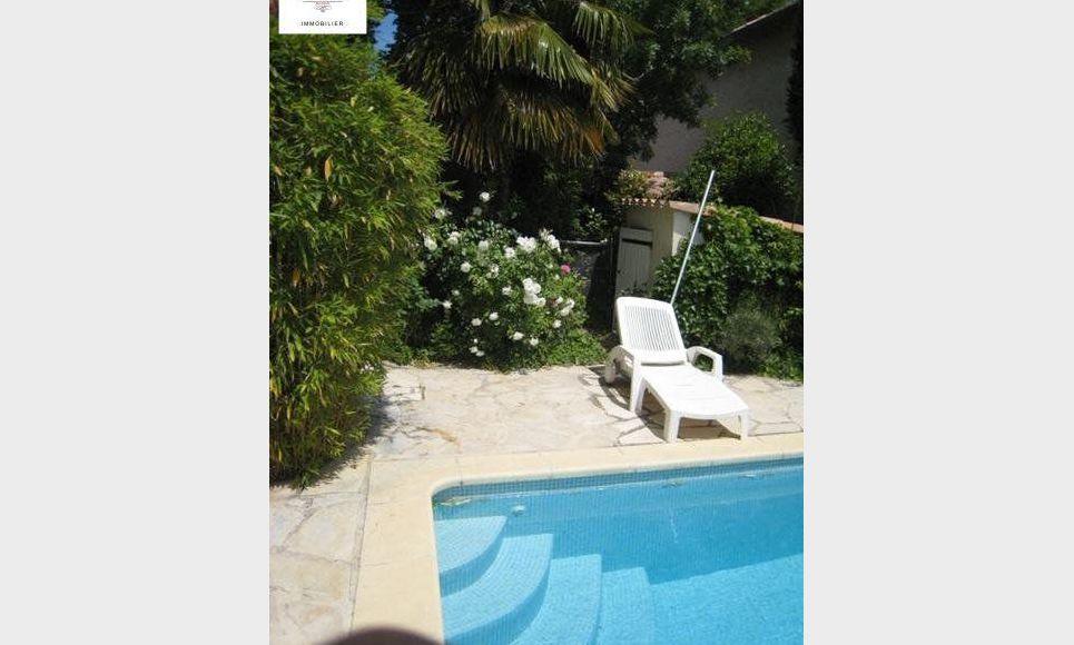 A Luynes, maison de plain-pied de 110 m2 sur terrain cloturé : Photo 1