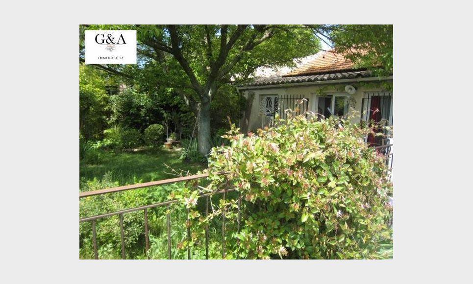 A Luynes, maison de plain-pied de 110 m2 sur terrain cloturé