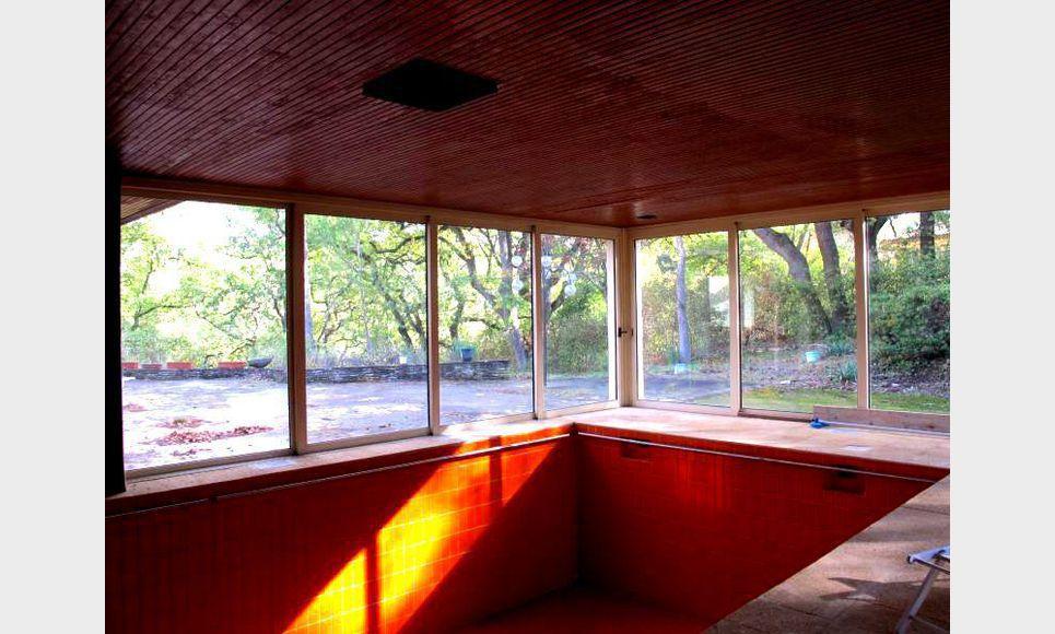 Villa d'architecte toit terrasse T6 261,55m2 sur 6700m2 : Photo 2