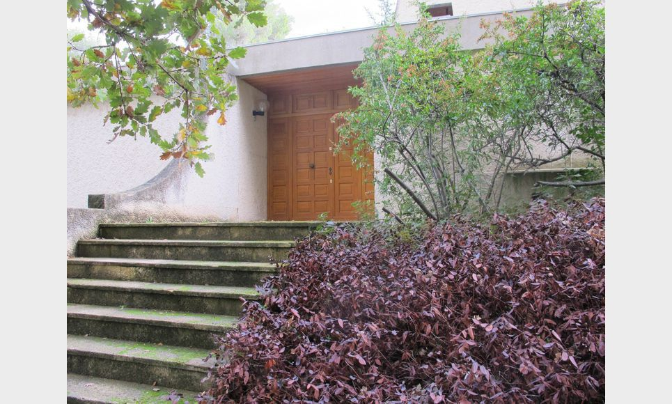 Villa d'architecte toit terrasse T6 261,55m2 sur 6700m2 : Photo 6