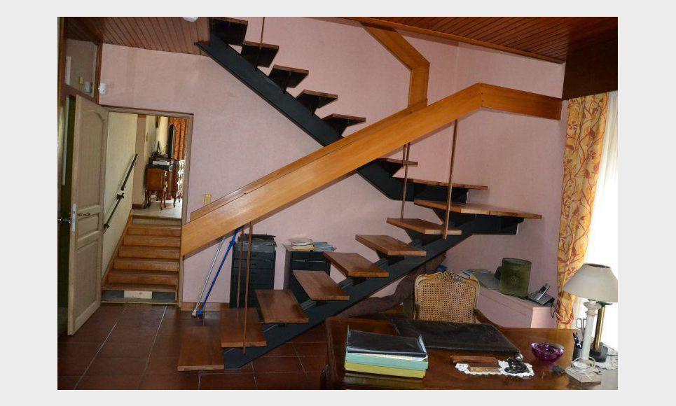 Villa d'architecte toit terrasse T6 261,55m2 sur 6700m2 : Photo 8