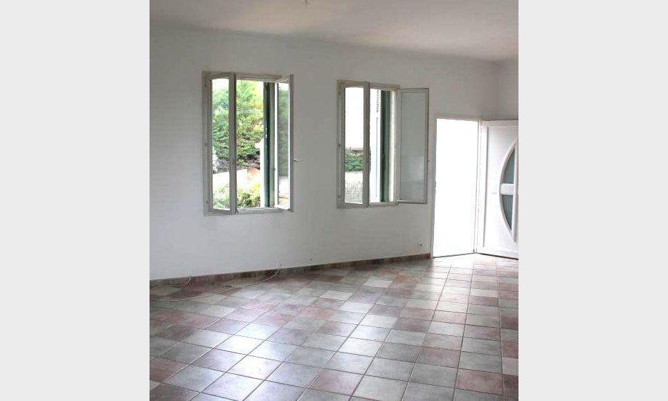 Haut-de-villa ST DONAT Aix Nord - avec jardin et parking : Photo 1