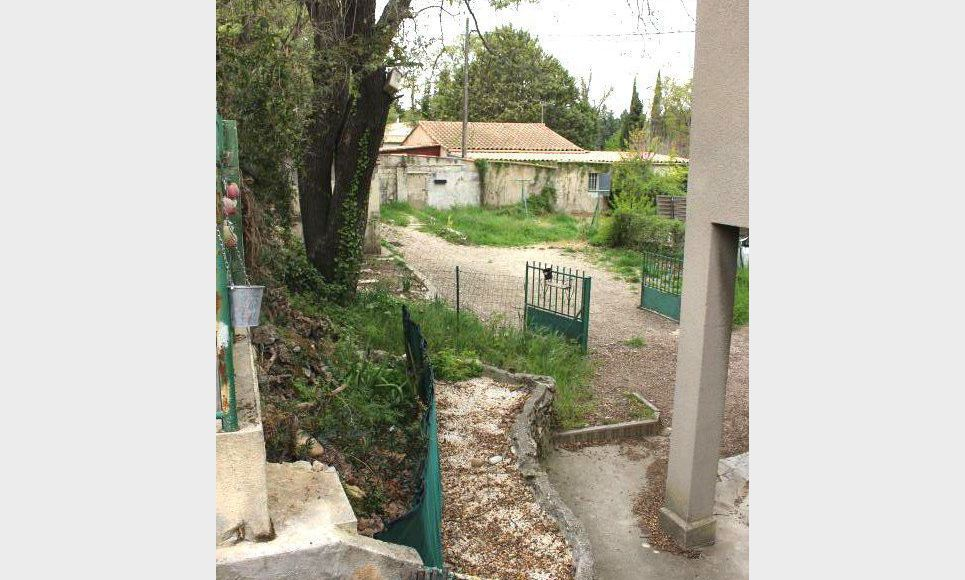 Haut-de-villa ST DONAT Aix Nord - avec jardin et parking : Photo 8