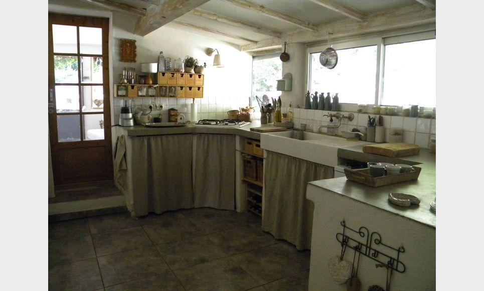 Aix en Provence - Villa T6 165m2 sur 645m2 de terrain paysag : Photo 4