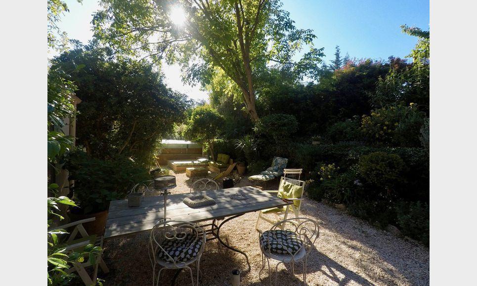 Aix en Provence - Villa T6 165m2 sur 645m2 de terrain paysag