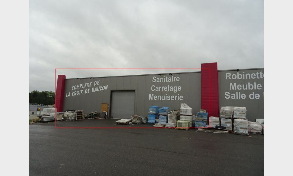 LOCAL COMMERCIAL, STOCKAGE ET PARKING