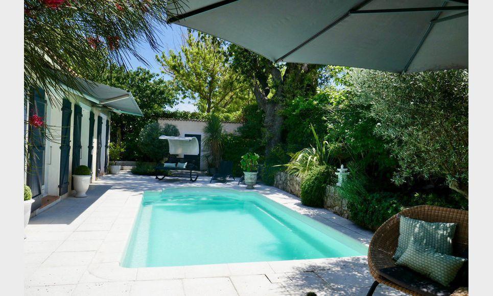 EXCLU - Villa plain pied T4/5 106m2 avec piscine sur 510m2 d