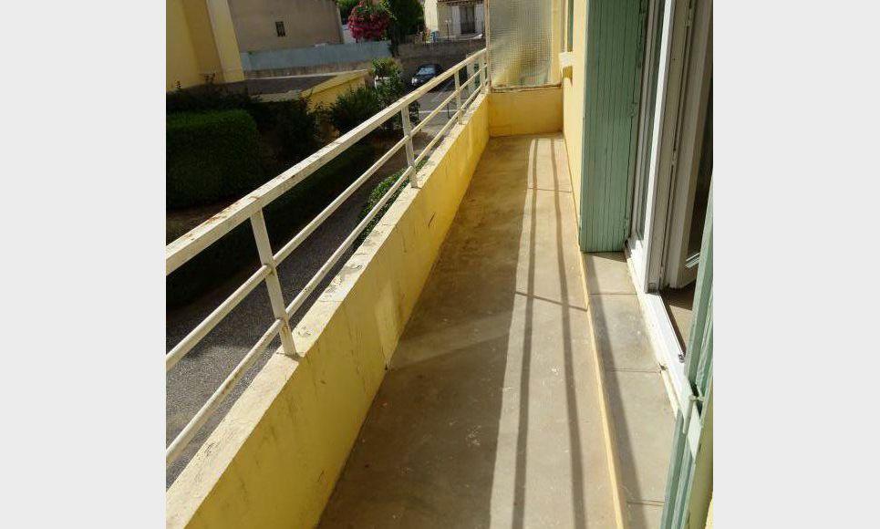 T3 RESIDENCE SÉCURISÉE AVEC BALCON ET PARKING PRIVATIF : Photo 1