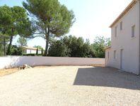 Immobilier sur Saint-Maximin-la-Sainte-Baume : Maison - Villa de 5 pieces