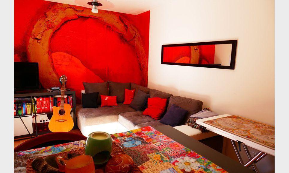 Très jolie maison de 153m2 sur un terrain de 1360 m2 avec pi : Photo 1